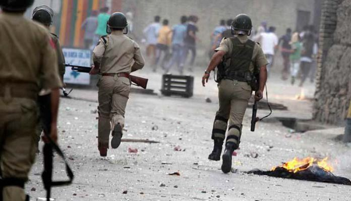 مقبوضہ کشمیر کے علاقے سوپور میں بھارتی فورسز کے ہاتھوں مزید 2 کشمیری شہید