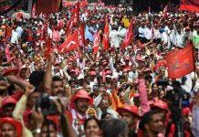 بھارت: مودی سرکار کی پالیسیوں سے تنگ 30ہزارکسانوں کا احتجاج