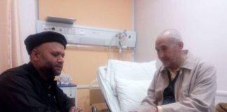 دفتر قائدملت جعفریہ کےوفد کی علامہ جمعہ اسدی کی عیادت نیک تمناؤں کا اظہار