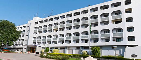پاکستان کی بھارتی ہائی کمشنر کوملک چھوڑنے کی ہدایت