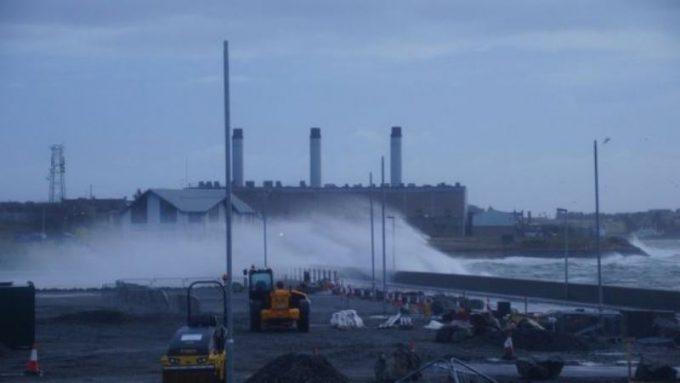برطانیہ میں سمندری طوفان برینڈن نے تباہی مچا دی