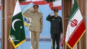 ایران اور پاکستان کی مسلح افواج کے سربراہوں نے اسلام آباد میں ایک دوسرے ملاقات کی ہے۔