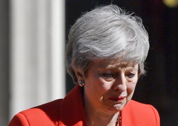 برطانیہ : تھریسامے وزارت عظمیٰ اورکنزرویٹو پارٹی کی سربراہی سے مستعفی