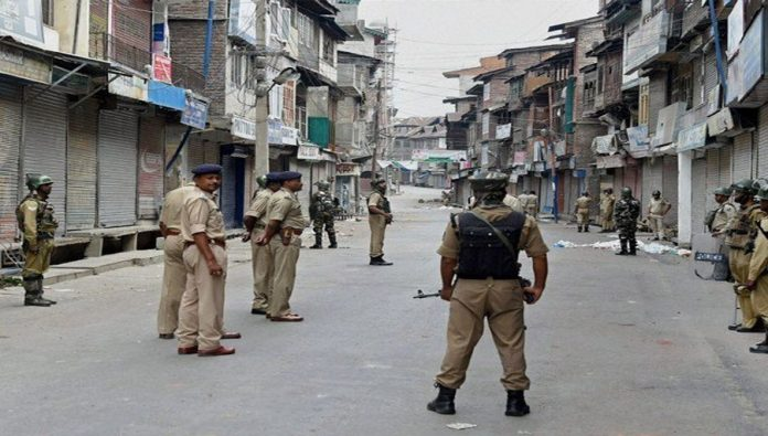 مقبوضہ وادی کشمیرکا محاصرہ مسلسل 21ویں روز بھی جاری رہا