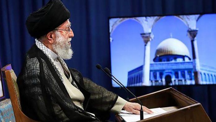 رہبر انقلاب اسلامی : جرائم کا تسلسل اور جنگ بندی کی درخواست دونوں ہی صیہونی حکومت کی شکست شمار ہوتے ہیں۔